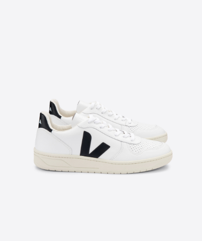 Veja-V-10-Leather-extra-white-Black-1
