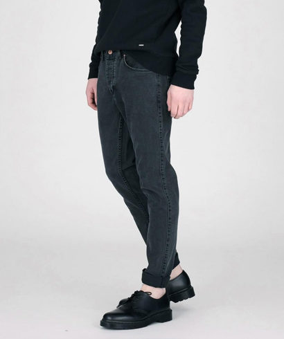 Dr-Denim-Clark-Black-Vintage