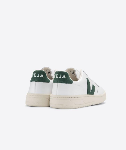 Veja-V-12-Leather_extra_white_cyprus-3