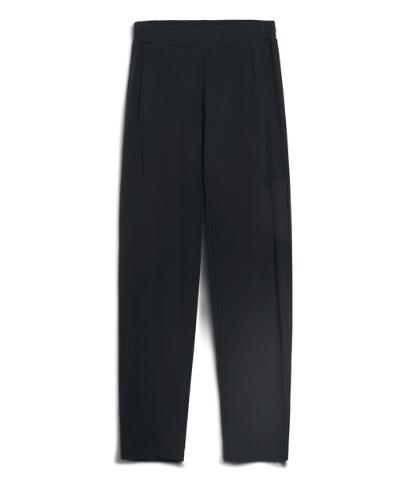 armedangels-magdaa-black-pants-4