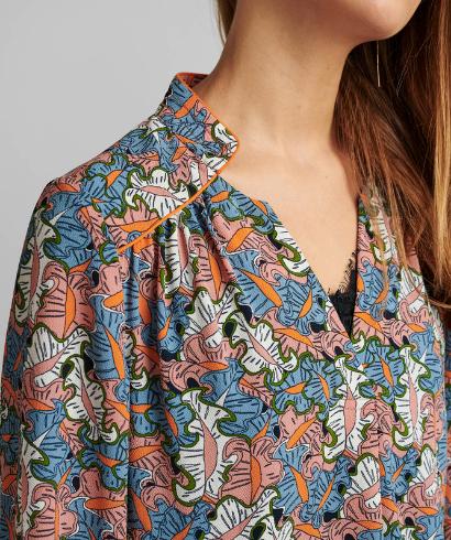 Numph_Nubegonia_blouse_2