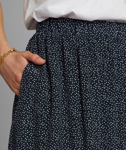 numph-nucourtney-skirt-dark-sapphire-2