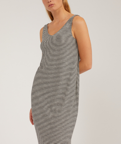 Armedangels-Madalenaa-Stripe-Undyed-Black-Dress-3