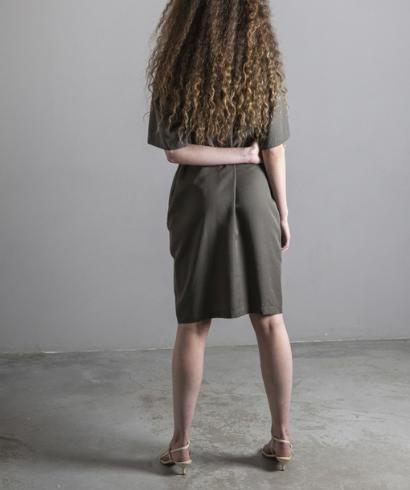 Lavandera-Dando-Vestido-Olive-2