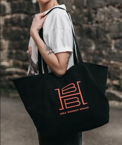 hika-basque-brand-h-bag