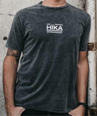 Hika-Basque-Brand-T-Shirt-Mini-Ispilu-1