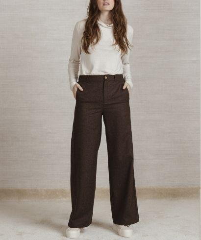 Lavandera-p03-pantalon-peridoto-brown-gispi-1